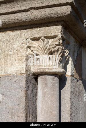 Brauweiler bei Pulheim, Abteikirche St. Nikolaus, Kreuzgang, Ostflügel, Kapitell - Stock Photo