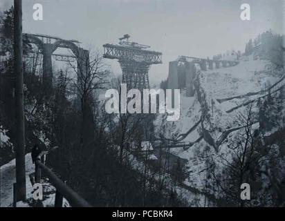Streckenabschnitt Sitterviadukt - Speicherkraftwerk Kubel: Blick auf das Sittertobel mit Viadukt 7 BT Siiterviadukt 1910-01-04 - Stock Photo