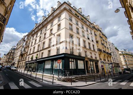 Old Parisian House Facade - Stock Photo