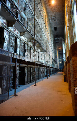 Inside the old Ohio State Reformatory in Mansfield, Ohio. - Stock Photo