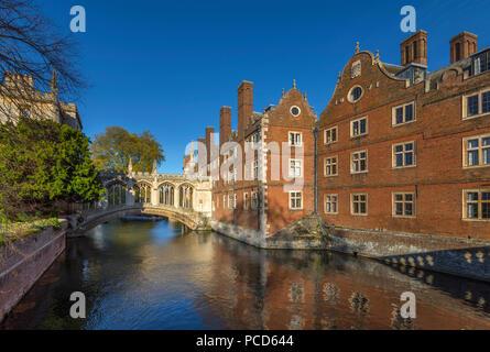 River Cam, St. John's College, Bridge of Sighs, Cambridge, Cambridgeshire, England, United Kingdom, Europe - Stock Photo