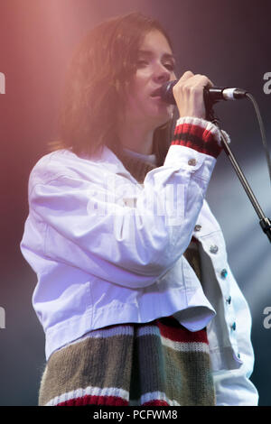 Glasgow, Scotland, UK. 1st August, 2018. Nina Nesbitt performing at George Square, during the Glasgow 2018 European Championships' The Great Big Opening Party. Glasgow / Berlin 2018 runs between 2nd and 12th August, 2018. Iain McGuinness / Alamy Live News - Stock Photo