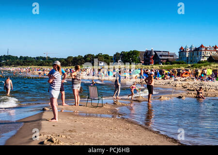 Crowded Bansin beach as people holiday at the Baltic sea resort on Usedom Island during 2018 Summer heat wave, Heringsdorf, Germany Bansin beach is th - Stock Photo