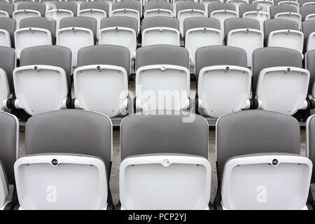 General view of the empty seats in the grandstand ahead of Middlesex CCC vs Yorkshire CCC, Specsavers County Championship Division 1 Cricket at Lord's - Stock Photo