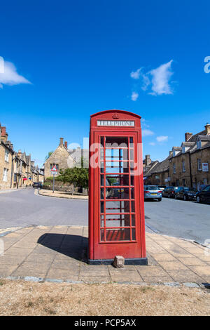 Iconic red phone box in the Cotswold town of Chipping Campden, UK. - Stock Photo
