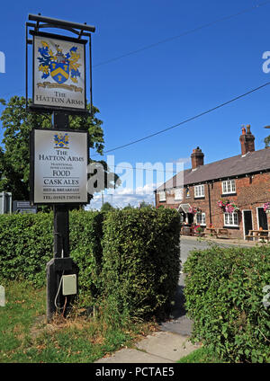 The Hatton Arms grade II listed pub bar, Hatton Village, Near Warrington, Cheshire, North West England, UK - Stock Photo