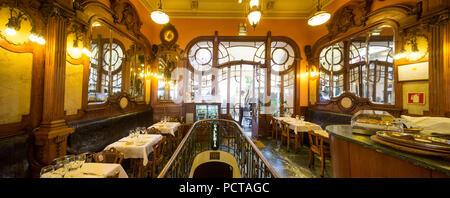 Café Majestic, art nouveau cafe, Taverne, Panorama, restaurant, Oporto, Distrikt Porto, Portugal, Europa - Stock Photo