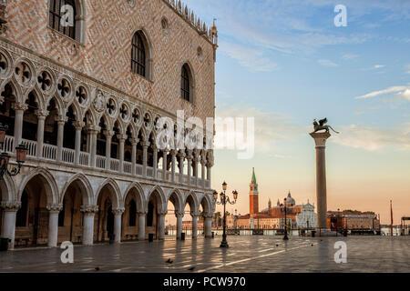 Venice's St. Mark's Square empty at dawn - Stock Photo