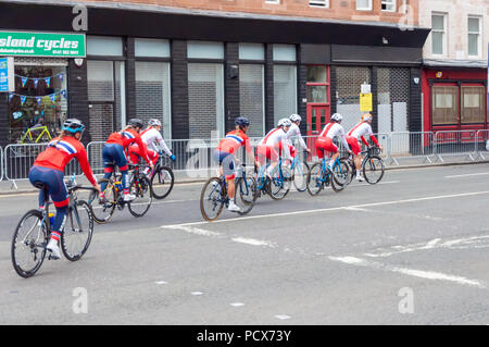 Glasgow, Scotland, UK. 4th August, 2018. Cyclists training throught the streets of the city for the Glasgow 2018 European Championships. Credit: Skully/Alamy Live News - Stock Photo