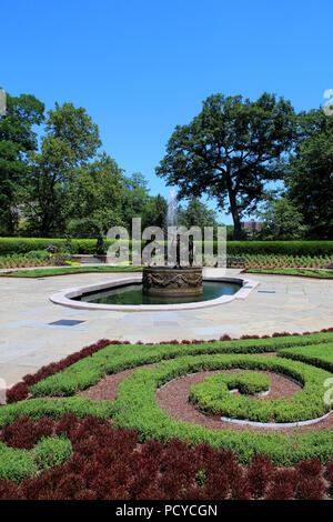 Untermeyer Fountain in the beautiful Conservatory Garden - the only formal garden in Central Park, Manhattan on JULY 4th, 2017 in New York, USA. (Phot - Stock Photo