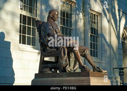 John Harvard statue (by Daniel Chester French in 1884) at Harvard University, Cambridge, Boston, Middlesex County, Massachusetts,USA - Stock Photo