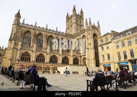 The Abbey Church of Saint Peter and Saint Paul, Bath, commonly known as Bath Abbey, is an Anglican parish church and a former Benedictine monastery lo - Stock Photo
