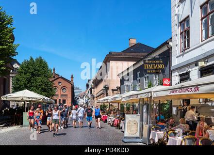 Cafes and restaurants on Fiolstræde in the Latin Quarter, Copenhagen, Denmark - Stock Photo