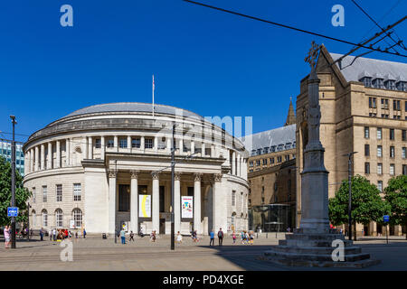 Central Library in St Peters Square, Manchester. - Stock Photo