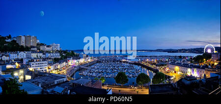 GB - DEVON: As night falls over Torquay Harbour - Stock Photo