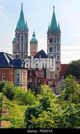 Naumburg, Blick vom Burgberg zur Westansicht des Naumburger Doms - Stock Photo