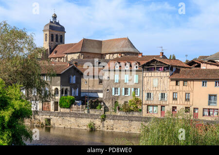 France, Lot,  Cele Valley, Figeac, city of Champollion, city on the Route of Santiago de Compostela in France // France, Lot (46), vallée du Célé, Fig - Stock Photo