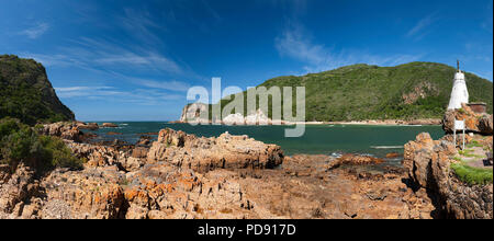 'The Heads', the entrance to the Knysna Lagoon on the Garden Route in the Western Cape Province, South Africa.