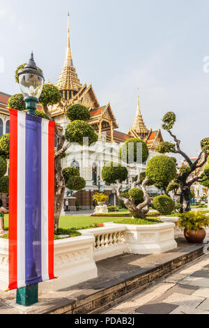 Thai flag, topiary garden, Grand Palace, Bangkok, Thailand - Stock Photo