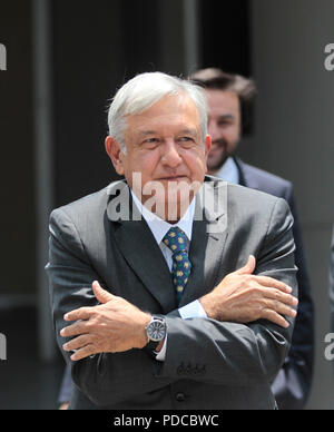 Mexico City, Mexico. 8th August, 2018. Mexico's President-elect Andres Manuel Lopez Obrador greets as he arrives at the Electoral Court of the Federation's Judicial Power, in Mexico City, Mexico, 08 August 2018. The Court validated the Mexican election and Obrador's victory. EFE/Mario Guzman Credit: EFE News Agency/Alamy Live News - Stock Photo
