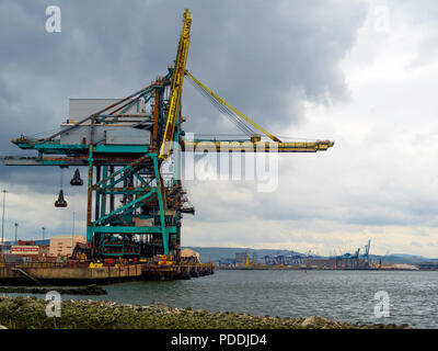 Redcar Bulk Terminal  with a deep water berth on the River Tees and grab cranes for unloading dry cargo from large bulk carrier ships. - Stock Photo