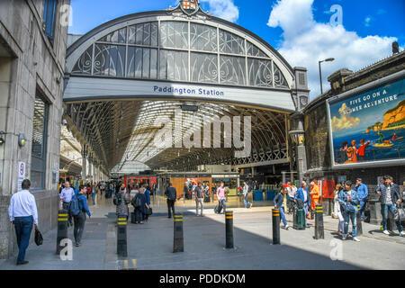 Wide angle view of the entrance to London Paddington railway station - Stock Photo