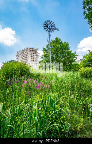 Parc Clichy Batignolles, also known as Martin Luther King Park is one of the new urban parks in Paris, France. - Stock Photo