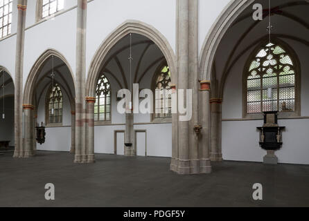 Nach der Renovierung ohne Kirchenbänke, Nördliche Langhauswand - Stock Photo