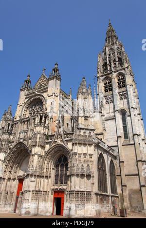 Town of Caudebec-en-Caux, France. Picturesque view of the Roman Catholic Eglise Notre-Dame. - Stock Photo