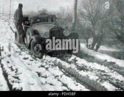 276 Rallye Monte Carlo 1934, la Hotchkiss de Gas et Trévoux - 2 - Stock Photo