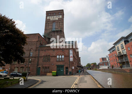 the steam mill business centre on the Shropshire union canal main line in chester cheshire england uk - Stock Photo