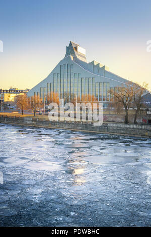View of the Latvian National Library or Castle of Light at dusk - Stock Photo