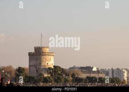 THESSALONIKI, GREECE - DECEMBER 26, 2015: White Tower seen from Thessaloniki seafront. The White Tower is one of Thessanoliniki's iconic monuments  Pi - Stock Photo