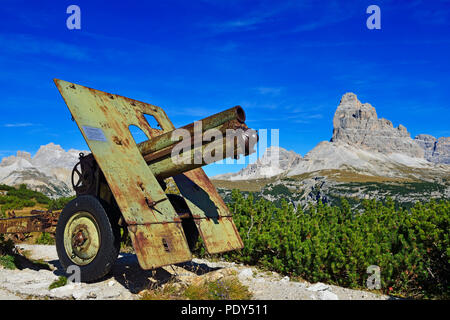 Cannon, World War I Open Air Museum, Monte Piana, Hochpustertal valley, Sexten Dolomiten, South Tyrol, Italy - Stock Photo