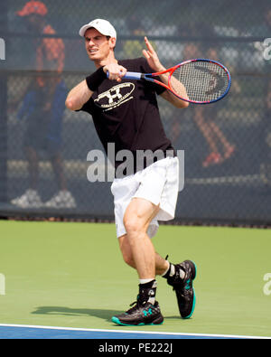 Ohio, USA, August 11, 2018: Andy Murray practices against Kei Nishikori at the Western Southern Open in Mason, Ohio, USA. Brent Clark/Alamy Live News - Stock Photo