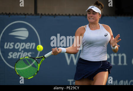 Cincinnati, USA. August 11, 2018 - Caroline Dolehide of the United States in action during qualifications at the 2018 Western & Southern Open WTA Premier 5 tennis tournament Credit: AFP7/ZUMA Wire/Alamy Live News - Stock Photo