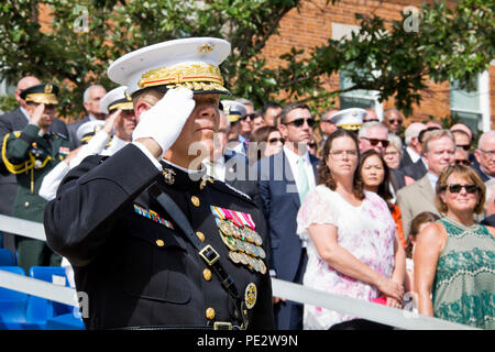 Commandant of the Marine Corps, Gen. Robert B. Neller, salutes during the Passage of Command at Marine Barracks Washington, D.C., Sept. 24, 2015. Neller took command from Gen. Joseph F. Dunford, Jr. as the 37th Commandant of the Marine Corps. (U.S. Marine Corps photo by Sgt. Gabriela Garcia/Released) - Stock Photo