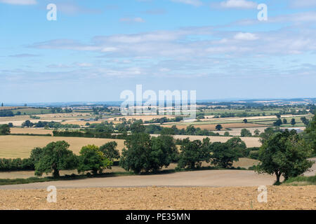 Cotswolds farmland near Lower Brailes in the dry summer of 2018. Warwickshire, UK. - Stock Photo