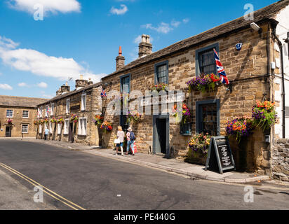 The Peacock Inn in the town centre of Bakewell in the Derbyshire Peak District UK - Stock Photo
