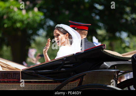 TRH The Duke and Duchess of Sussex partake in their first joint carriage ride immediately after the royal wedding in Windsor castle. - Stock Photo