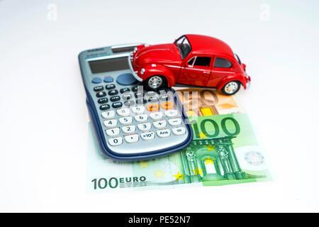 Modellauto und Euro Scheine, Studioaufnahme