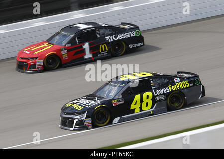 Brooklyn, Michigan, USA. 12th Aug, 2018. Jimmie Johnson (48) and Jamie McMurray (1) battle for position during the Consumers Energy 400 at Michigan International Speedway in Brooklyn, Michigan. Credit: Chris Owens Asp Inc/ASP/ZUMA Wire/Alamy Live News - Stock Photo