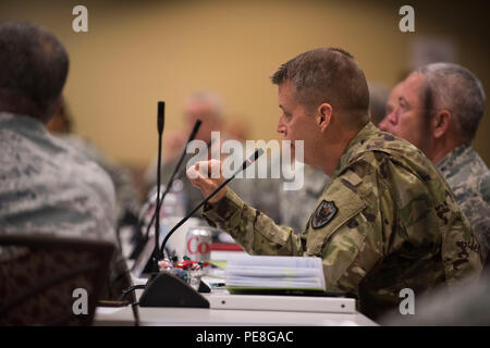 Army Lt. Gen. Daniel Hokanson, deputy commander, U.S. Northern Command, is at the National Guard Bureau Senior Leadership Conference, Colorado Springs, Colo., Oct. 27, 2015. (U.S. Army National Guard photo by Staff Sgt. Adam Fischman) (Released) - Stock Photo