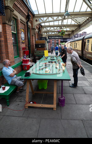 Model Railway train set being displayed on Platform 2 of Loughborough Heritage Railway station during a steam gala weekend - Stock Photo