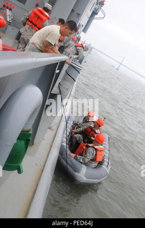 An Army Work Boat Participating In The Queen S Diamond Jubilee River Stock Photo Alamy