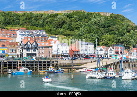 scarborough harbour and marina in south bay scarborough uk yorkshire north yorkshire scarborough england uk gb europe - Stock Photo