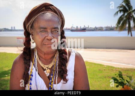 Santeria woman, fortune teller in Regla, Havana, Cuba - Stock Photo