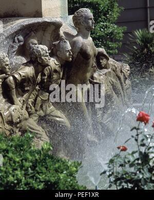MONUMENTO AL EXCMO GRAL LEOPOLDO SARO MARIN-DET SOLDADOS Y FUENTE. Location: EXTERIOR, UBEDA, JAEN, SPAIN. - Stock Photo