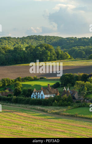 Winchcombe Manor, a grade II listed country house set in the Kent Downs Area of Outstanding Natural Beauty. - Stock Photo