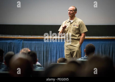 150817-N-AT895-271 SAN DIEGO Calif.  (Aug. 17, 2015)  Chief of Naval Operations (CNO) Adm. Jonathan Greenert delivers remarks during an all-hands call at Naval Base San Diego. (U.S. Navy photo by Mass Communication Specialist 1st Class Nathan Laird/Released) - Stock Photo
